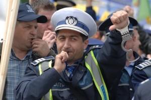 revolta politisti