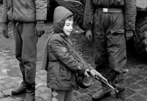 copil-arma